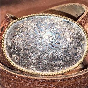 Treasure find: Vintage Buckle w/old leather belt